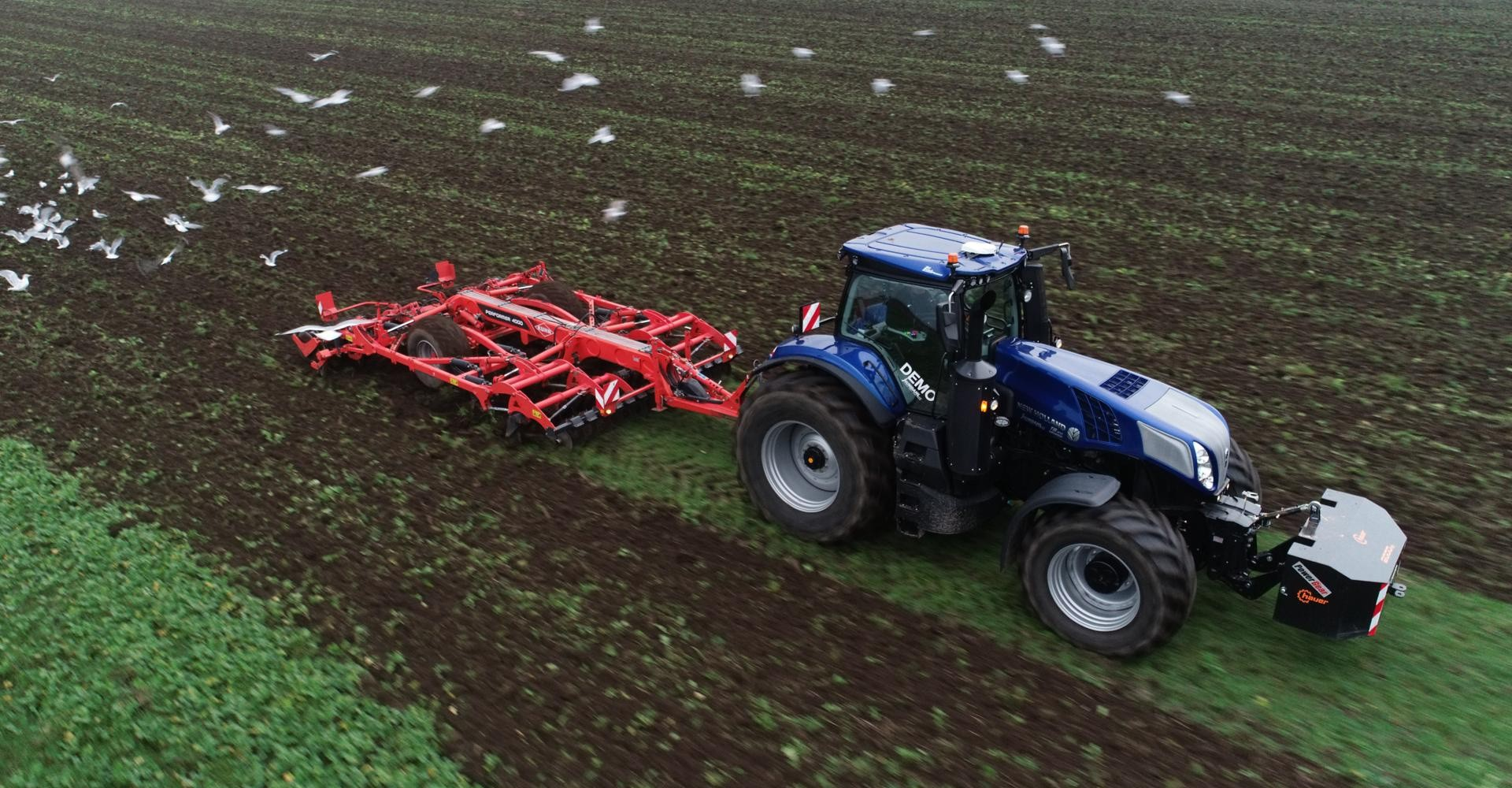 New Holland kræser for chaufføren i ny T8