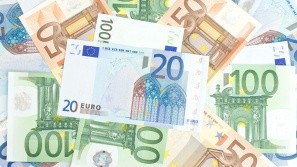 Euroen taber terræn overfor dollaren