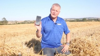 Tjek mejetærskerspildet med mobilen