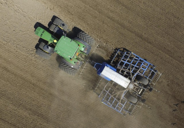 Sådan kommer du i gang med reduceret jordbearbejdning