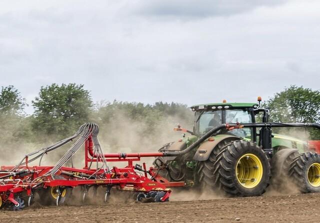 Gødningsplacering samtidig med jordbearbejdning