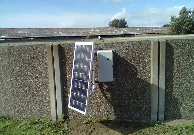 Solcelle-alarm advarer om gylleudslip