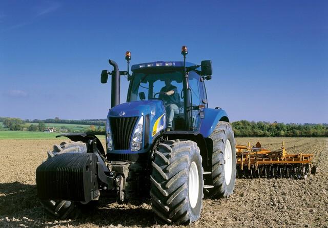 Bedste juni-traktorsalg siden 2008