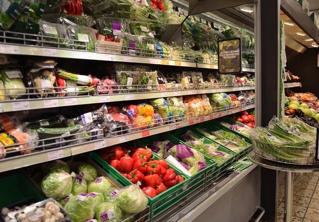 Ulovligt importeret mad fyldt med gift