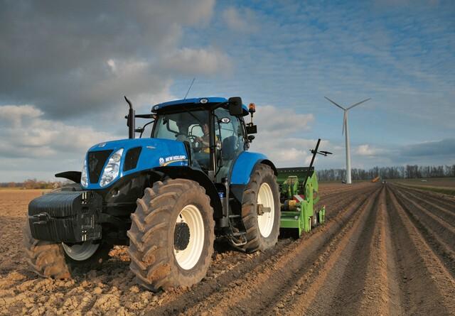 Traktorsalg: Suveræn føring til New Holland
