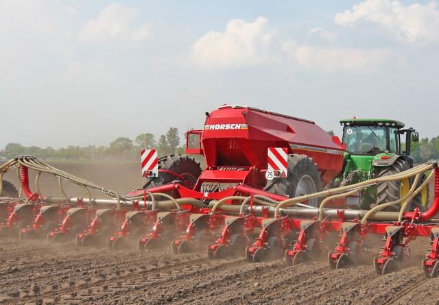 Første 16 rækkede Horsch majssåmaskine solgt i Danmark