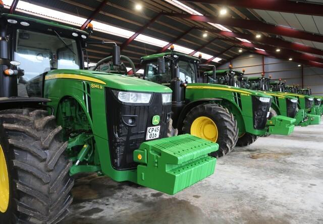 Flere hestekræfter i et faldende traktor-marked