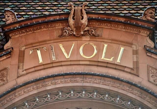 Store maskiner indtager Tivoli