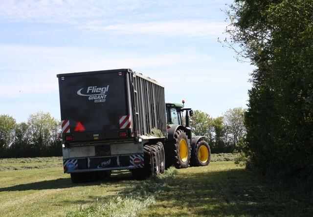 22 traktorer i politikontrol - halvdelen med bremsefejl