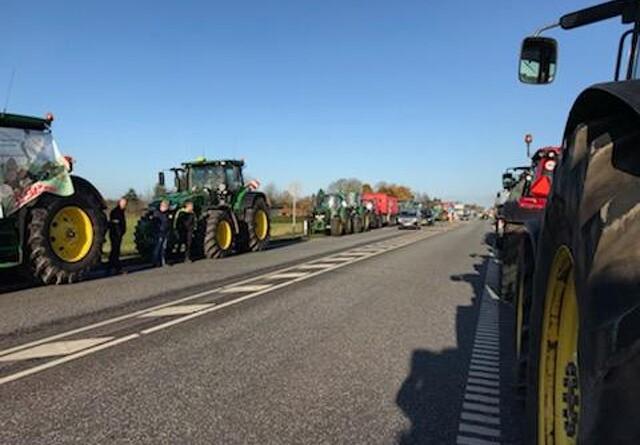 Massivt opbud af traktorer ved Holstebro