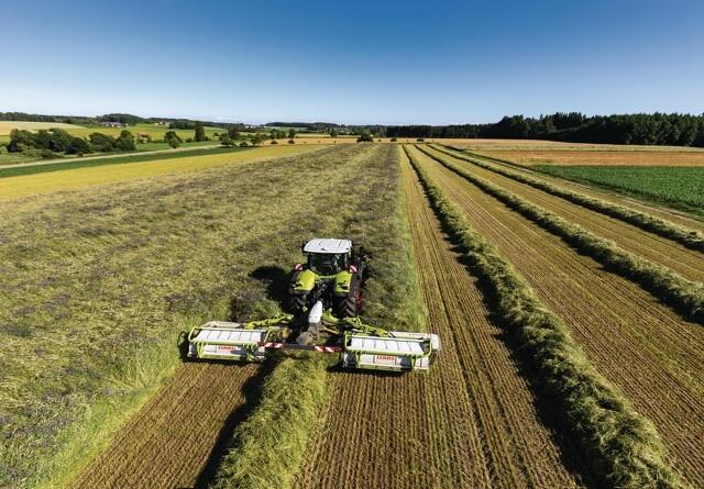 Traktor og skårlægger bliver én enhed