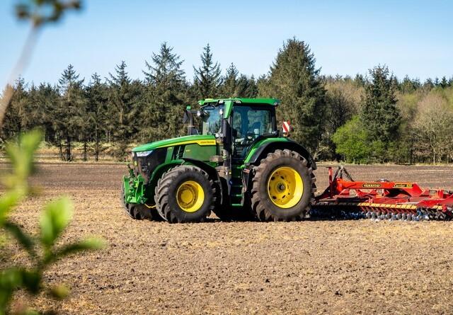 John Deere sidder tungt på det danske traktormarked i 2021