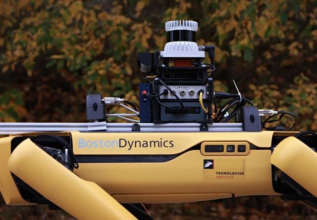 Intelligente og autonome robotter rykker ud i det fri