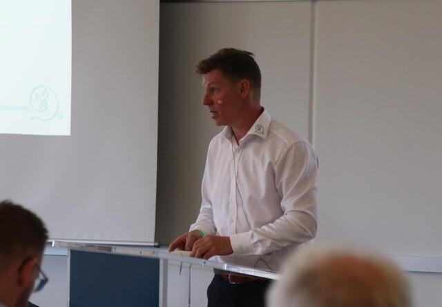 Roser til Rasmus Prehn for at bakke op om dansk svineproduktion