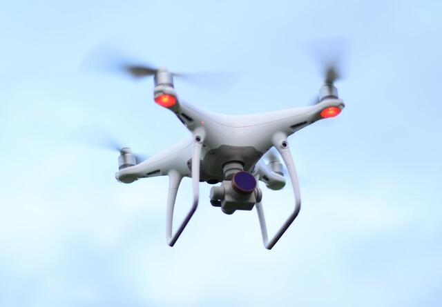 Afgrøder til fremtidens klima skal findes med droner og algoritmer