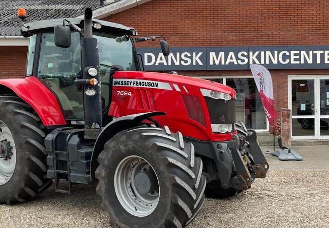 Trinløse røde heste i det populære traktorsegment