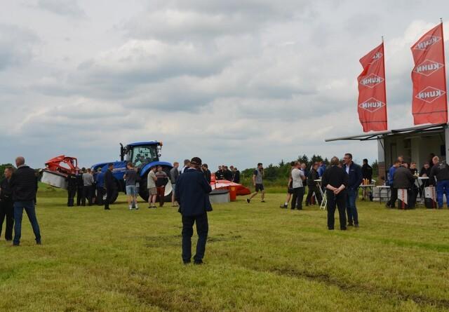 Stor interesse til græsdemonstration