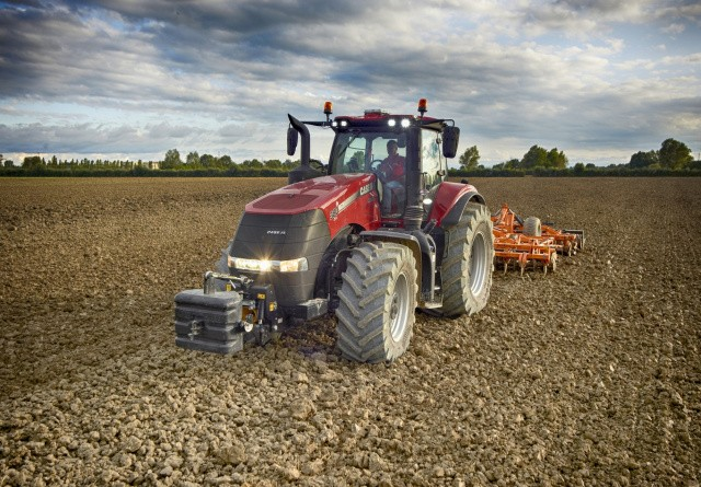 Tractor Of The Year udvides