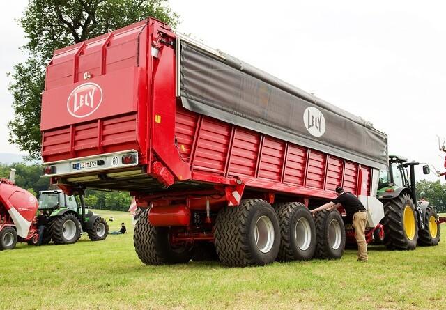 Lely-vogn tager 100 kubikmeter ad gangen