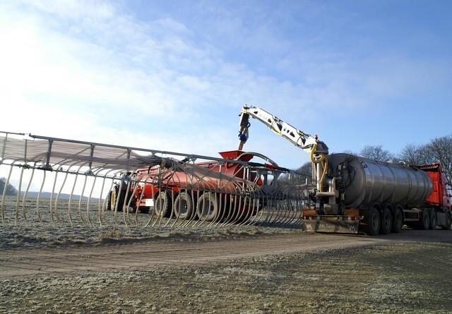 Kunderne efterspørger gylletransport med lastbil