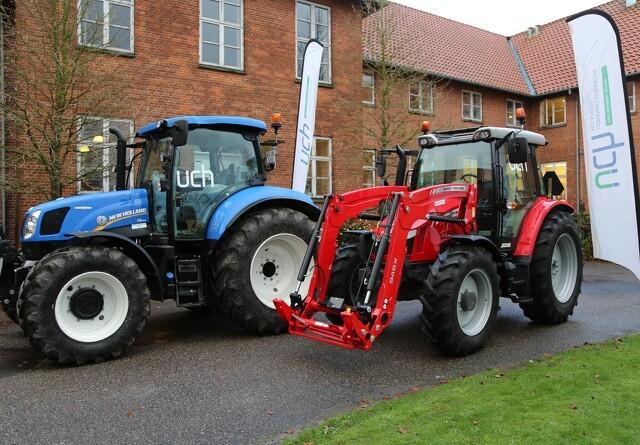 To traktorer til landbrugsskole