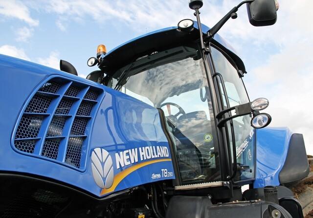 Færre, men større traktorer i 2015