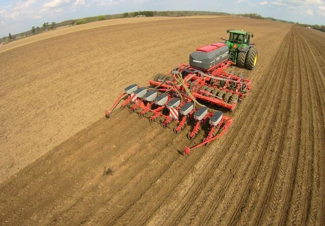 Minimal jordbearbejdning og tre forskellige gødninger