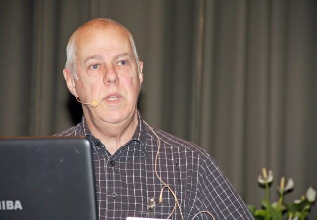 Claus Hansen forsvarer Eva Kjers tal