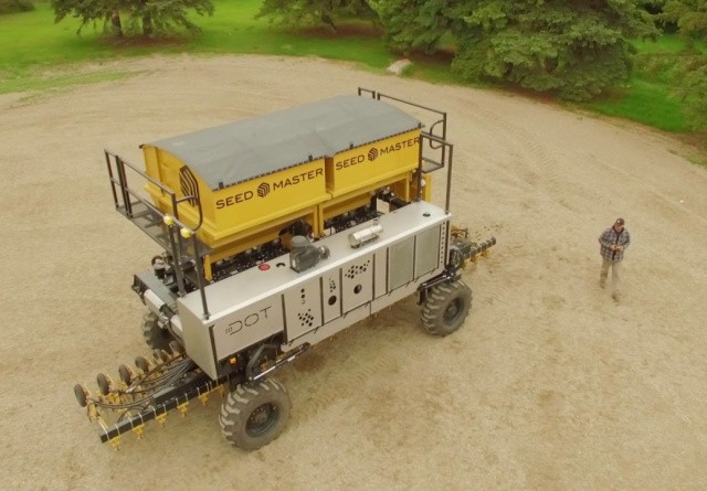 Skal fremtidens robotter være store eller små?