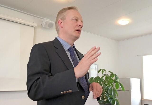 BL-advokat: biologi-lektor på kant med injurielov