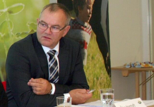 Arla-formand stopper til juli