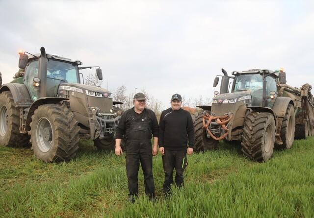 Godt blikfang i sorte traktorer