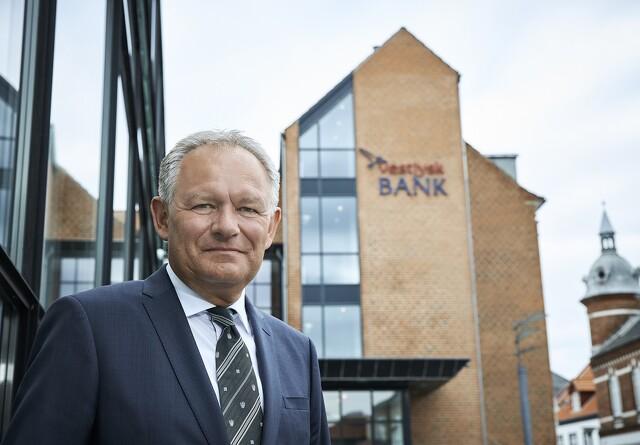 Vestjysk bank taber fortsat på landbrug