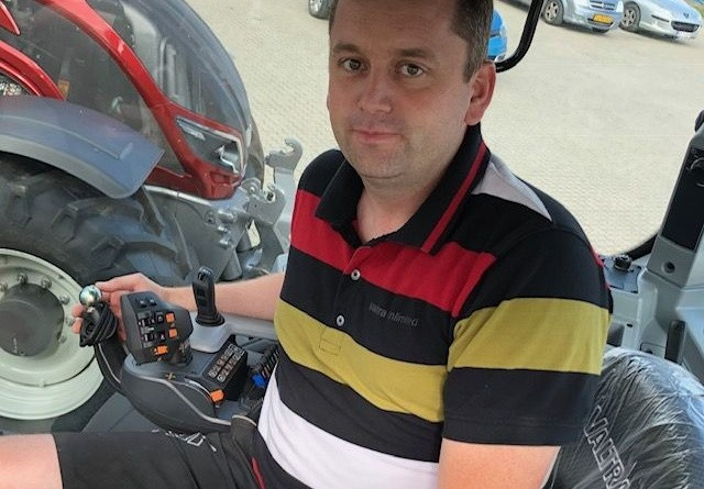 GPS-tyveri fra fem traktorer i nat