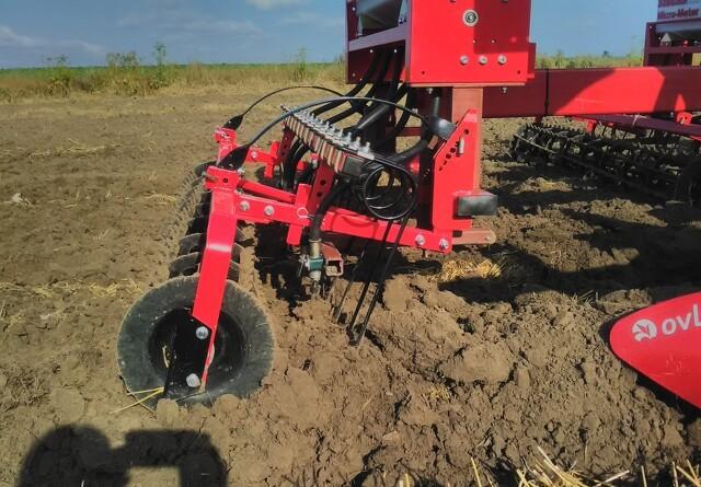Ombygget Ovlac-plov sparer en arbejdsgang i marken