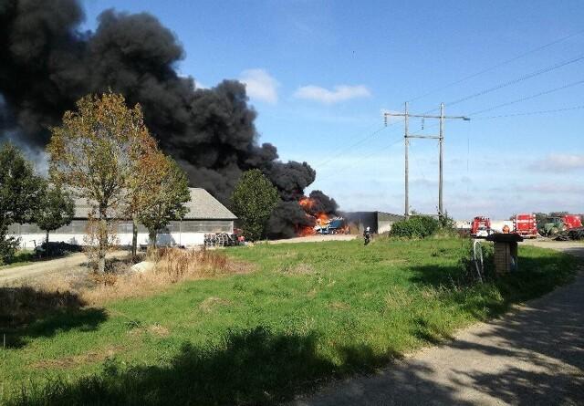 Landmand reddede lastbilchauffør fra højspændingsledning