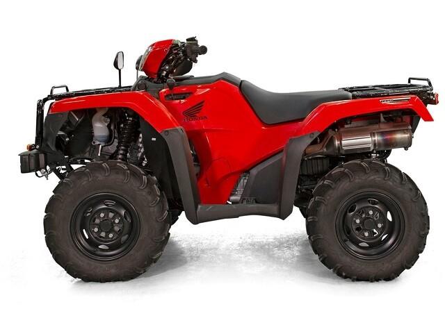 Honda-ATV som traktor til alle