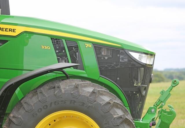Den kompakte maskinstations-traktor