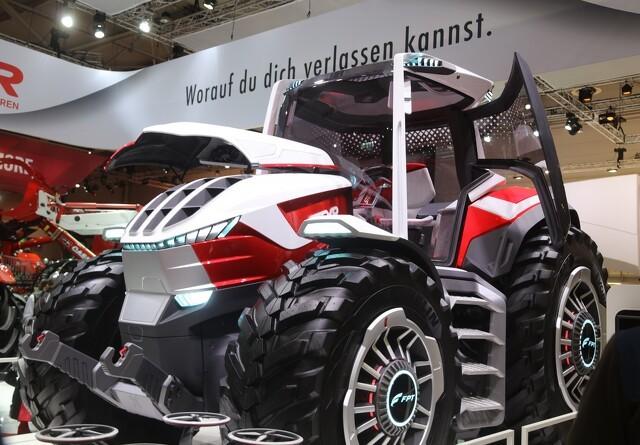 Steyr med hydrid-traktor