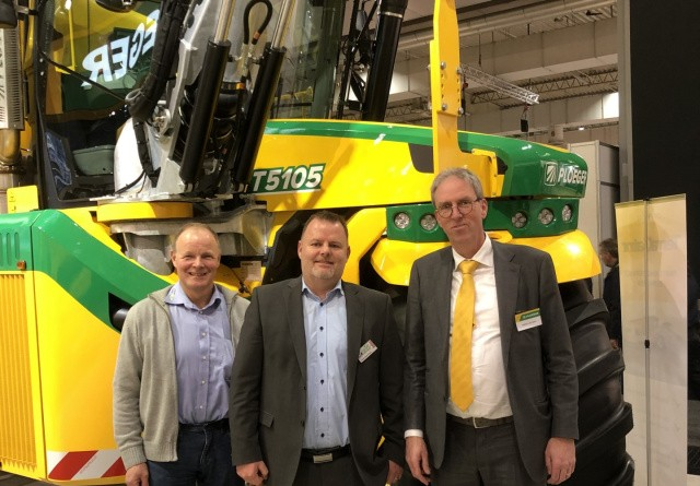 Brørup Traktor- & Maskincenter og SR Agro & Last leverer til Ploeger-kunder