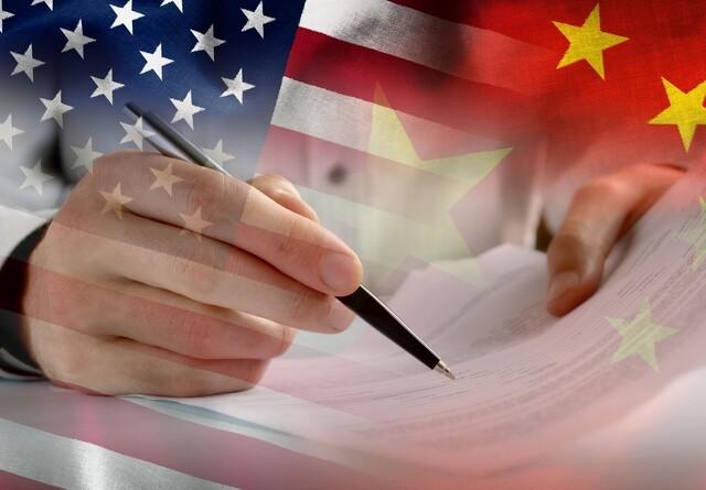Kina og USA sætter første punktum i handelskrigen
