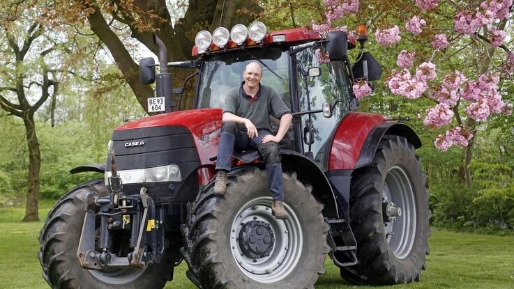 Jens viser landmandslivet medhumor
