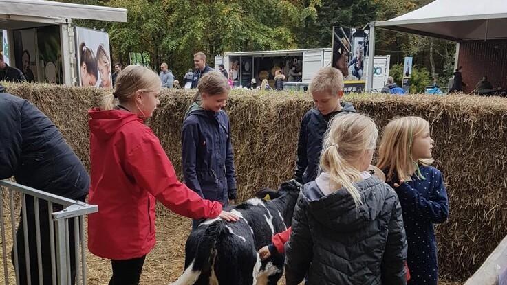 Nordjyske landmænd rykker ind i Fårup Sommerland i efterårsferien