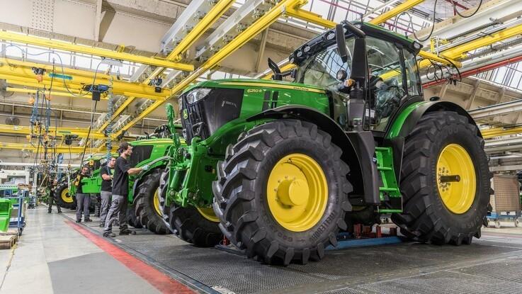 John Deere forventer en nettoindtægt i 2021 på fem milliarder dollars