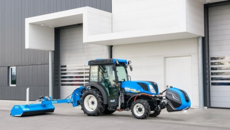New Holland med både methan og elektrisk drivkraft