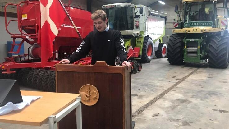 24 nye faglærte jordbrugsmaskinførere fra JU Århus