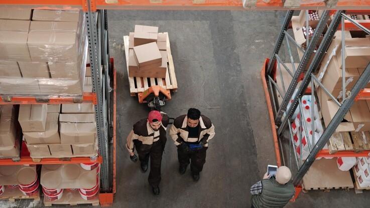 Undgå sygedage og styrk effektiviteten med sakselifte i din virksomhed
