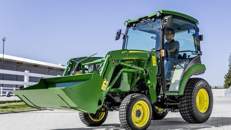 John Deere forfiner de mindste traktorer