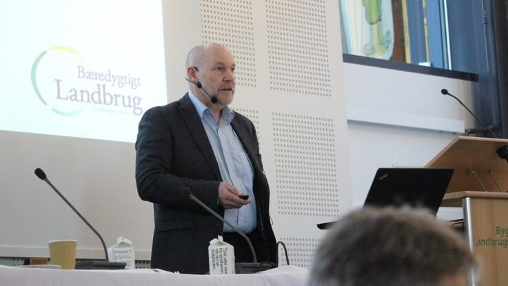 BL stævner professor Stiig Markager