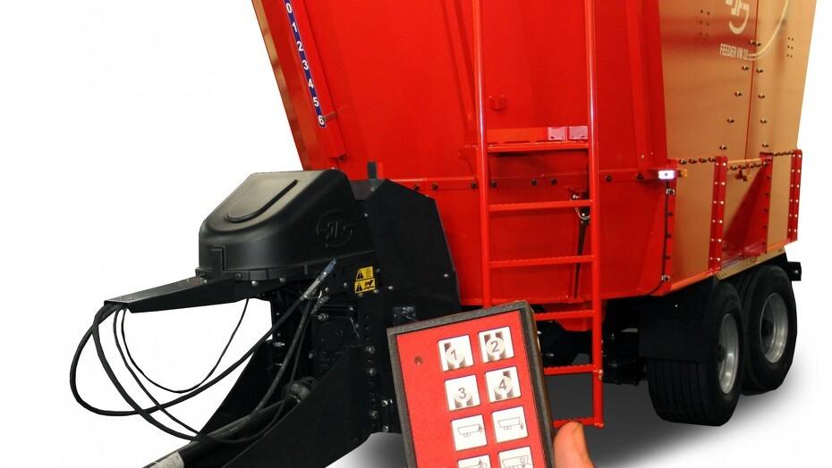 feeder_vm_22-2_with_4-speed_gearbox_photo2